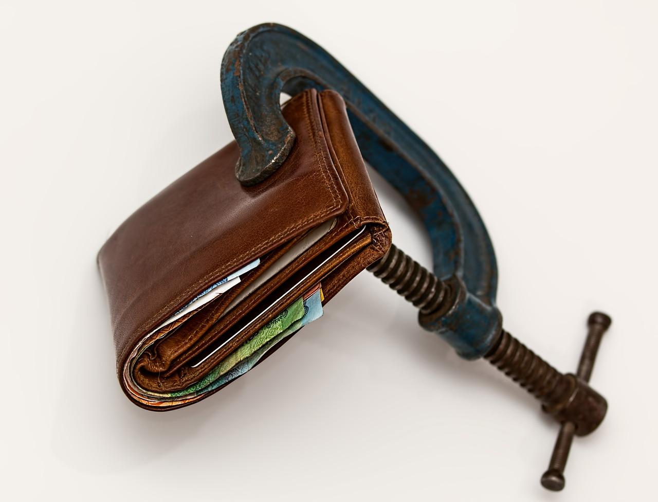 データで比較するコンパクトな財布ランキング(メンズ24商品)